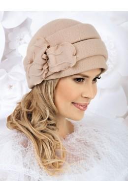 CONNI шапка женская